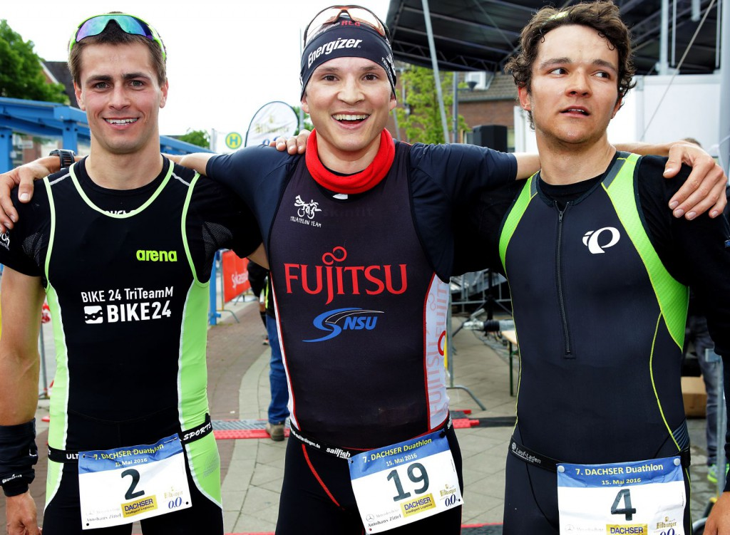 Die Top-Drei der DM Duathlon in Alsdorf (von links): John Heiland, Dominik Sowieja, Theodor Popp. (Foto: DTU/Ingo Kutsche)