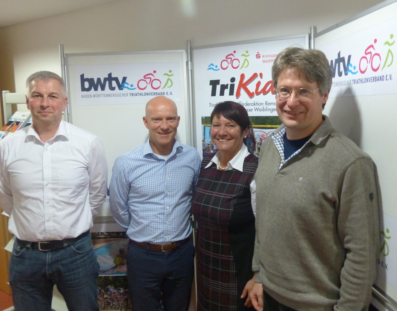 Das Präsidium des BWTV mit LSV Präsidentin Elvira Menzer-Haasis (von links): Alfred Schmidt, Jörg Schneider, Bernhard Thie. (Foto: Peter Mayerlen)
