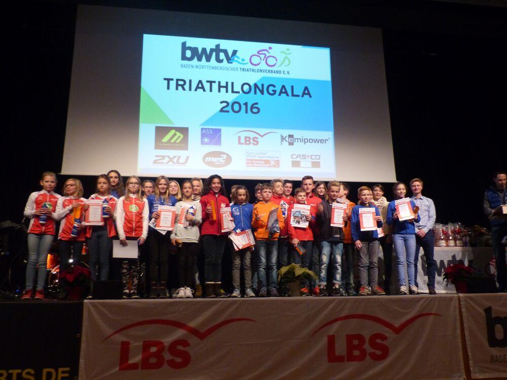 Siegerehrung des LBS Cup Triathlon Nachwuchs im Rahmen der BWTV Gala 2016